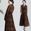 Guangzhou kleidung großhandel chiffon bedruckten stoff maxi kleider für frauen mittleren alters damen- Western- Kleid- Entwürfe 5184