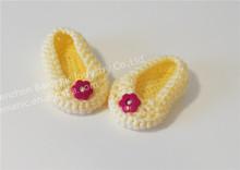 Wholesale yellow crochet girl baby bootie