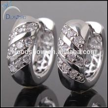 18k gold platinum plated huggie earing white hoop earings design wedding earring wholesale