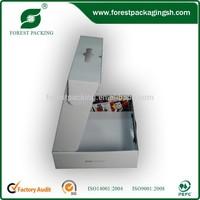 LUXURY GLOSSY WHITE HANDLE PACKING GIFT BOX