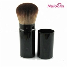 retractable makeup brush 03