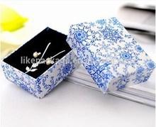 Chinese Fashion blue and white china pattern jewelry paper box
