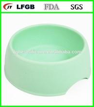 Silicone pet bowl/pet feeder