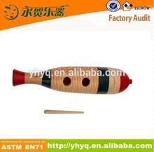hecho a mano de madera de percusión guiro