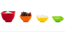hot sale silicone measuring cups/Silicone Pinch Bowl 4pc Sqare Set