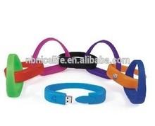 Personalized usb flash wristband shape bracelet usb charger,silicone popular bracelet usb flash drive
