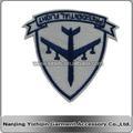 personalizado azul blanco nuevo diseño de vuelo insignia del bordado