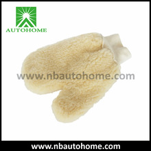 Synthetic Wool Microfiber Mitt in Thumb Shape