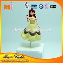 Beautiful Cake Decoration Plastic Toys
