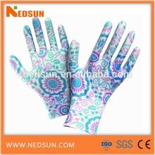 PU coated gardening gloves flower image