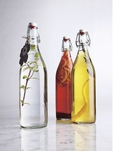 750ML glass airtight glass bottle with swing top cap