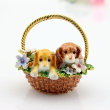 Two Dogs On The Basket Best Wedding Favors And Gifts Trinket Box
