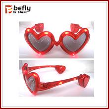 Red heart shape kids plastic toy glow glasses