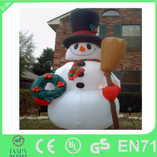 Hot-selling christmas decoration big inflatable snowman for sale