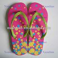 a china de compras online de plástico promoção chinelos sandálias