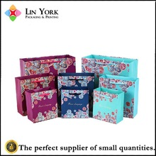 New design cheap paper christmas gift paper packaging bag