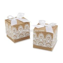 """Rustic & Lace"" Kraft Wedding Boxes"