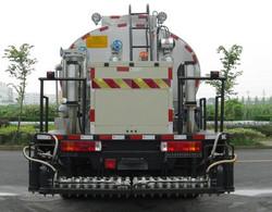 12. sinotruck howo 6*4 asphalt truck , synchronous chip sealer