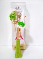 Green pagoda shaped ceramic flower perfume volatile liquid