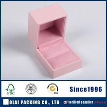 paper ring box with suede lining