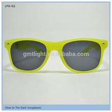 china factory supply fashionable latest men or women sunglasses