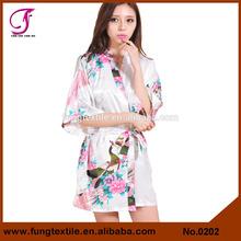 0202 Wedding Party Favors Short Silk Robe