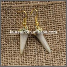 Ls-d1146 nuovo stile!! Denti di squalo orecchini