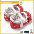 lindo ganchillo de la mano zapatos de bebé de moda para hacer punto del ganchillo ganchillo flor del bebé niñas zapatos
