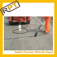 Construction bitumen crack sealant