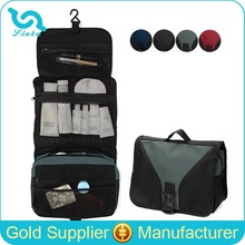 Yiwu Bag Factory Direct Sale 600D Polyester Cheap Foldable Toiletry Bag With Hook/Hanging Toiletry Bag