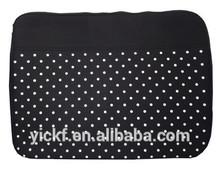 Simple Elegant Dots Printed Neoprene 17 inch Laptop bag
