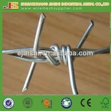 chaud plongé clôture de sécurité de haute qualité de placage de zinc double twist barbelé