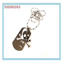 2015 hot sale fashion Skull and Cross Bones Dog Tag
