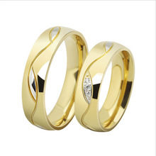 Yiwu Aceon New Stainless Steel Gold Ring Couple Wedding Band Shine Lovers Gift Finger