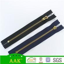 customized No middleman closed end zipper brass shoe hooks zipper