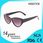 2015 new products cheap and wholesale fashion women cateye glasses frames shining sunglasses