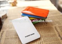 Super Slim merk power bank of mobile phone 5000mah
