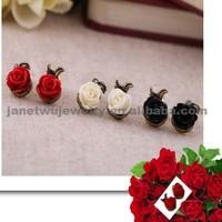 Big Sale 2015 zinc alloy gold plating women earrings resin rose stud earrings