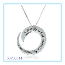 """Sterling Stainless Steel """"A Journey Is Best Measure By Friends Not Miles"""" Fashion Circle Pendant Necklace"""
