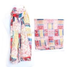 Square Hit Color 2015 Latest Lady Fashion Scarf Free Sample Custom Design Charm Scarf Silk