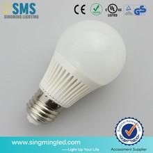 Ceramic High Brightness E27 7W LED Bulb Light with TUV/CE/GS/RoHS