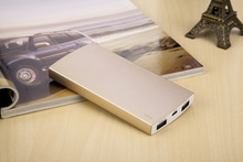 New years gift 6000mah External battery charger for any mobile phones brand/tablet/consumer electronics