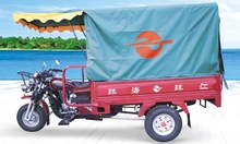 cabin roof closed body cargo tricycle