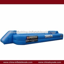 Guangzhou popular cheap inflatablel sports field game