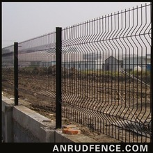 2014 Popular Style New design Customized Cheap Outdoor Dog Fence