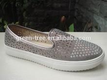 Top-fashion lady flat laser cut upper shoe latest design rubber shoes