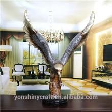 life size resin crafts eagle sculpture
