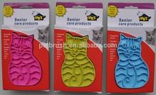 2015 new design cat shape pet grooming brush