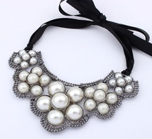 Wholesale Women Statement Necklace With Pearl
