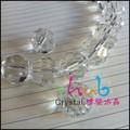 Grand verre transparent éclat. terre, chapelet. perles pour la fabrication et la décoration